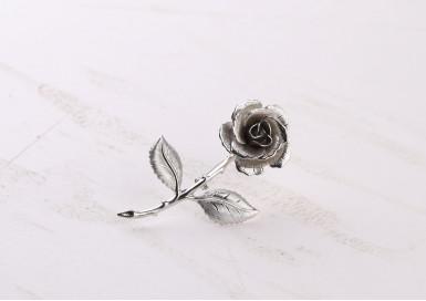 Брошь Ледяная роза
