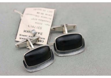 Cufflinks with obsidian