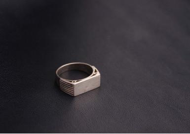 Кольцо Пьедестал